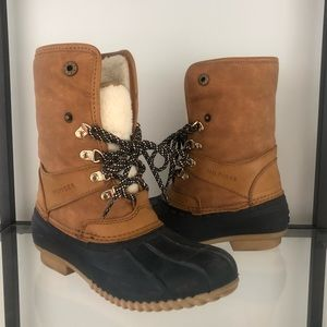 Women's Tommy Hilfiger Rusteen Duck Boot